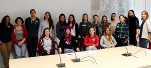 alle Teilnehmerinnen des Girls Day 2017 in unserem Plenarsaal